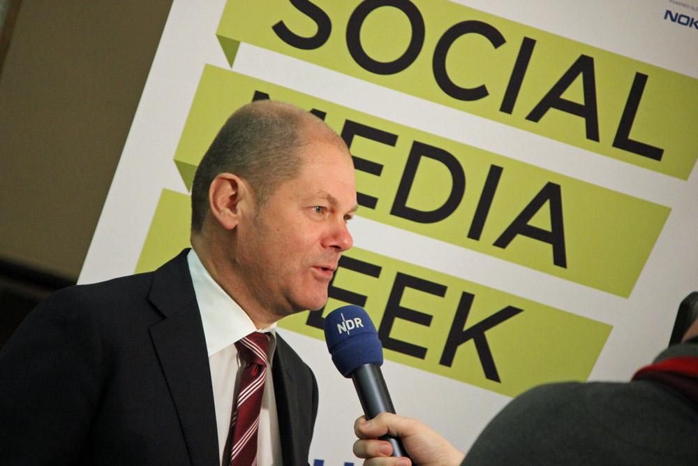 Olaf Scholz auf der Social Media Week Hamburg 2012