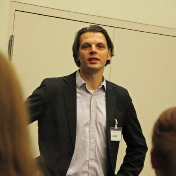 Björn Negelmann begrüßt die Gäste