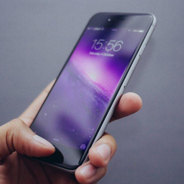 StockSnap Oliur Rahman smartphone iphone Hand