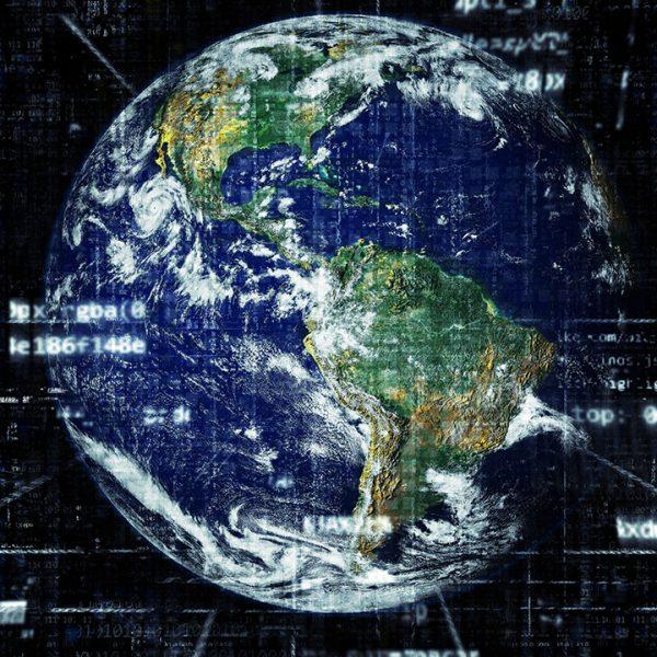 Pixabay HypnoArt Erde Vernetzung Digitalisierung